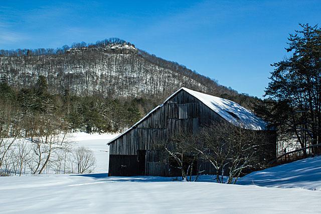 snowy-farm-3