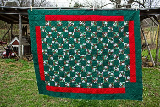 Christmas-quilt-3