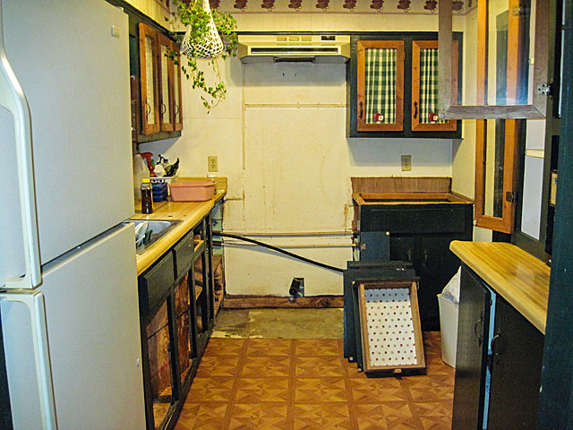 post-2-kitchen-F