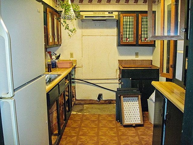 post-2-kitchen-F
